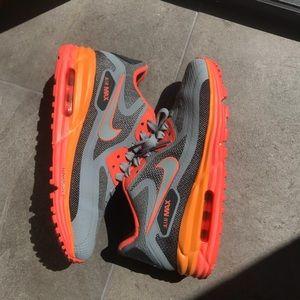 Nike Air Max - Size 5.5